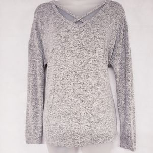 10/$35 A NEW DAY Gray Criss Cross Front Top
